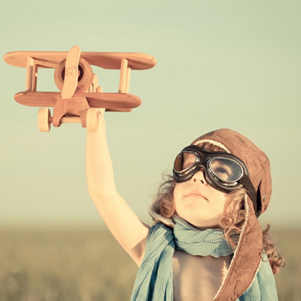 小孩飞机梦想头像图片
