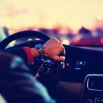 微信开车头像 高清好看开车时候的头像高清图片握方向盘
