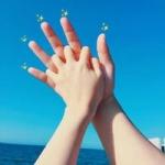 手势情侣头像一左一右 好看有创意的情侣头像手势一对两张