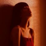 孤独回忆女生头像图片