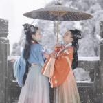 雪中打伞古风闺蜜头像图片