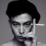 抽烟头像男生霸气十足 黑白色抽烟的霸气男生头像图片