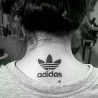 欧美纹身女头像