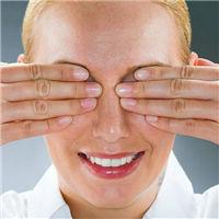 双手蒙眼睛qq头像图片