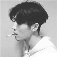 qq头像男生抽烟伤感