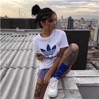 纹身女生头像霸气