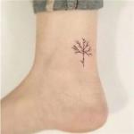 脚部纹身头像 高清清新风格的脚部纹身图片头像