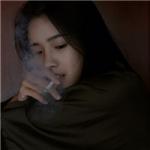 超拽女生头像抽烟 伤感的霸气女生头像超拽抽烟图片