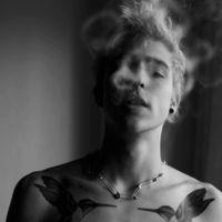 欧美头像吸烟