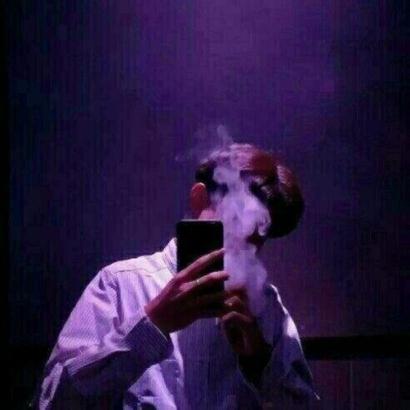 抽烟的男头