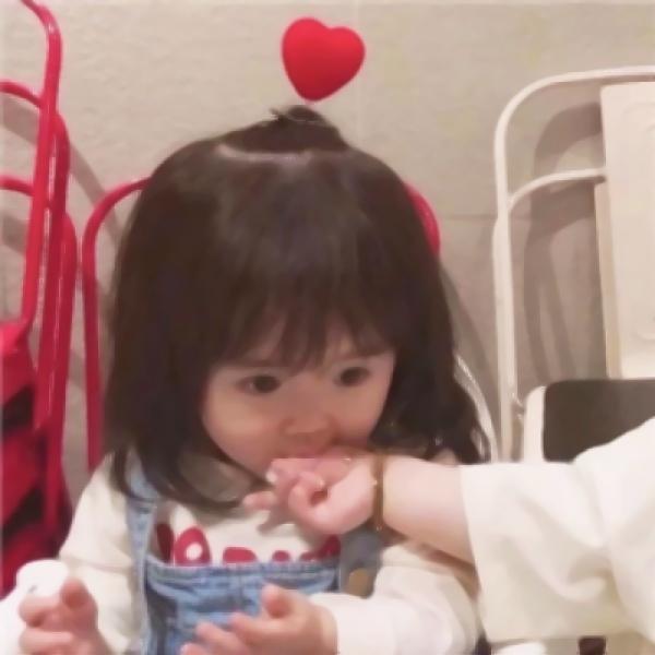 可爱小孩子情侣头像