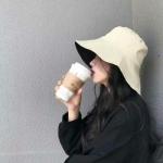 2021戴帽头像女最新版的图片 高清女头像霸气高冷戴帽