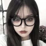 微信戴眼镜女头 高清个性的眼镜女孩头像图片