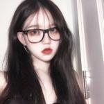 女生戴眼镜高清大图头像 可爱的小姐姐的图片戴眼镜清晰头像