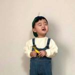 高清可爱的小男孩照片萌娃头像图片
