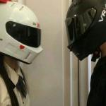 情侣头像戴着头盔真人,高清双人的机车情头超级酷情头一对图片