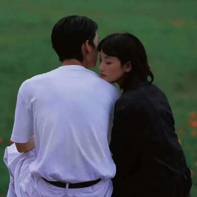 真人双人唯美背影情侣头像图片