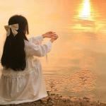 夕阳女头背影 高清唯美的落日女生背影头像图片