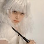 超酷白色头发的个性女头图片