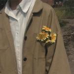 男生部位头像带花 高清不露脸男生和花的部位头像图片