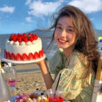 女生头像6张同一个人 海边 蛋糕 浪漫