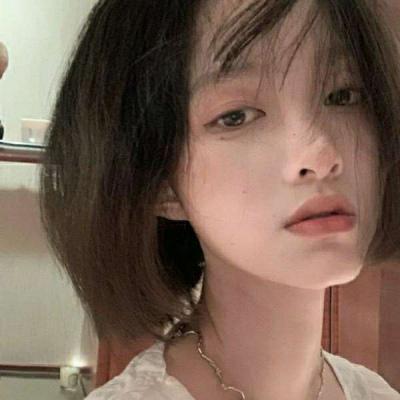 唯美长发女生真人头像
