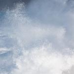 微信大海浪头像 汹涌彭拜的高清巨海浪头像图片