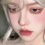 大眼睛女生专用头像 高清可爱的女生真人头像