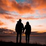 唯美情侣背影头像图片 今后的时光我陪你度过