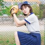 青春励志棒球女生头像图片
