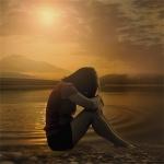 黑白伤感微信女生头像 悲伤逆流成河